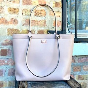 Michael Kors Soft Pink Maddie Leather Tote Bag for Laptops